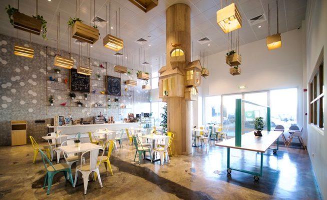 mẫu tường quán cafe đẹp