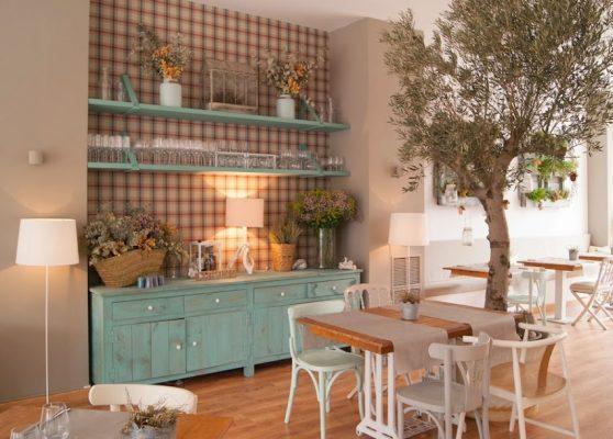 Cải tạo nhà ở thành quán cafe đẹp